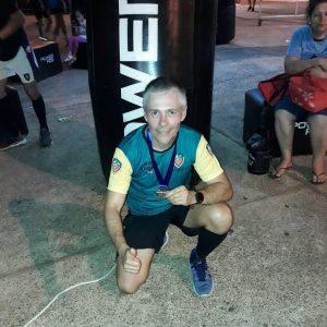 Médico misionero se destacó en la Media Maratón del Asfalto 2019